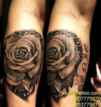hình xăm hoa hồng 3d trên cánh tay