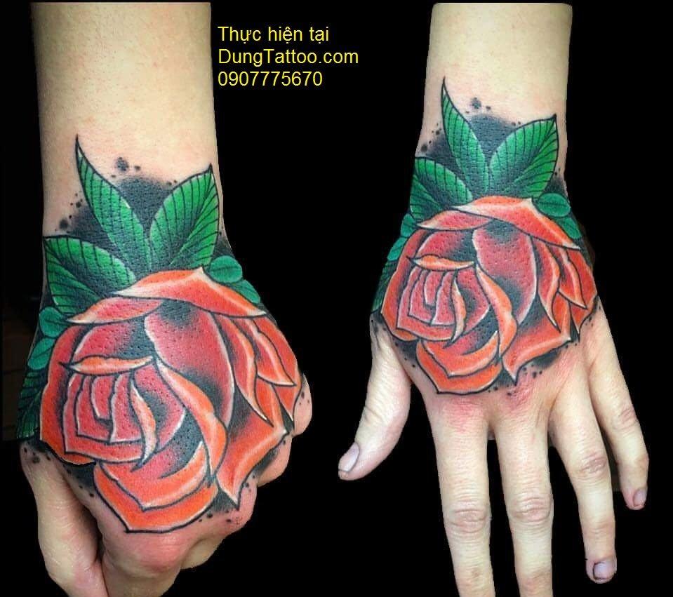 hình xăm hoa hồng theo kiểu tuyền thống giá rẻ đẹp cho sinh viên 0907775670