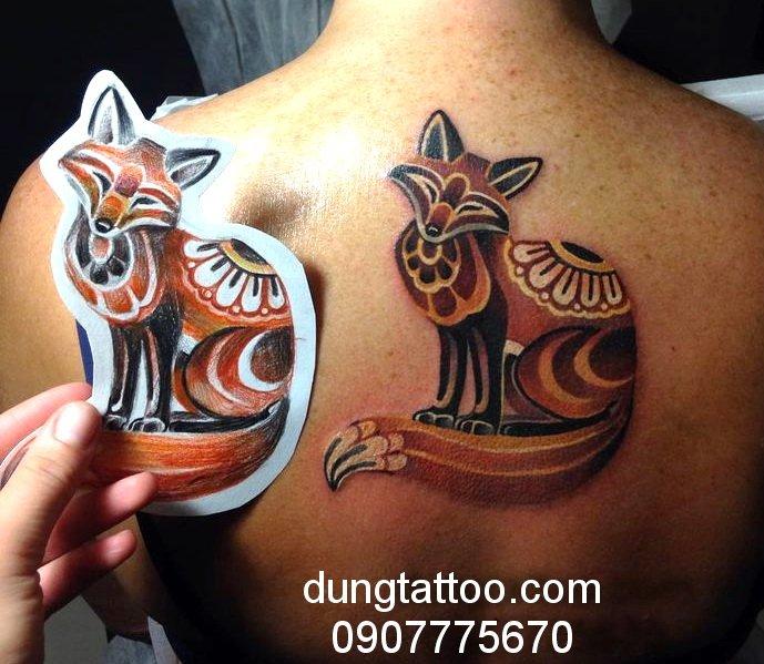 hinh xam con cao 9 duoi tattoo fox may man dungtatoo thuc hien 0907775670