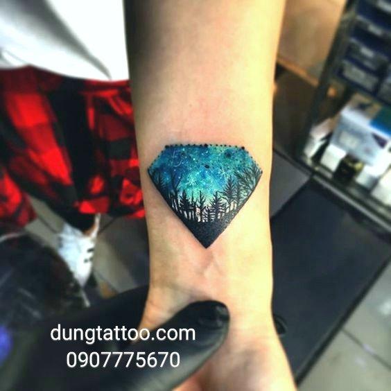 hinh xam kim cung diamon tattoo thuc hien tai dung 0907775670