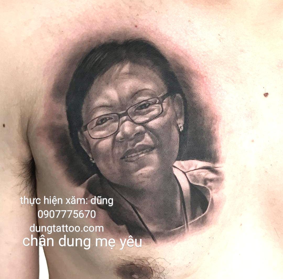 1 chuyen xam chan dung nguoi mat me vo con giong y nhu that 100
